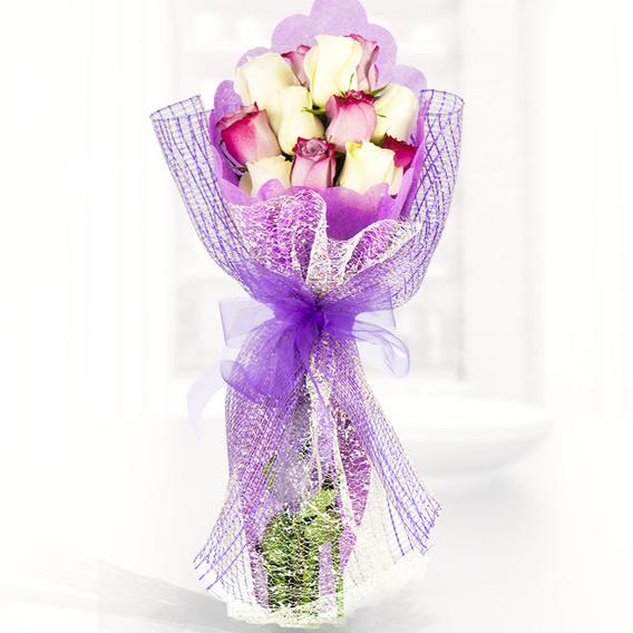 Precioso Ramo Con Mix De 12 Rosas Importadas