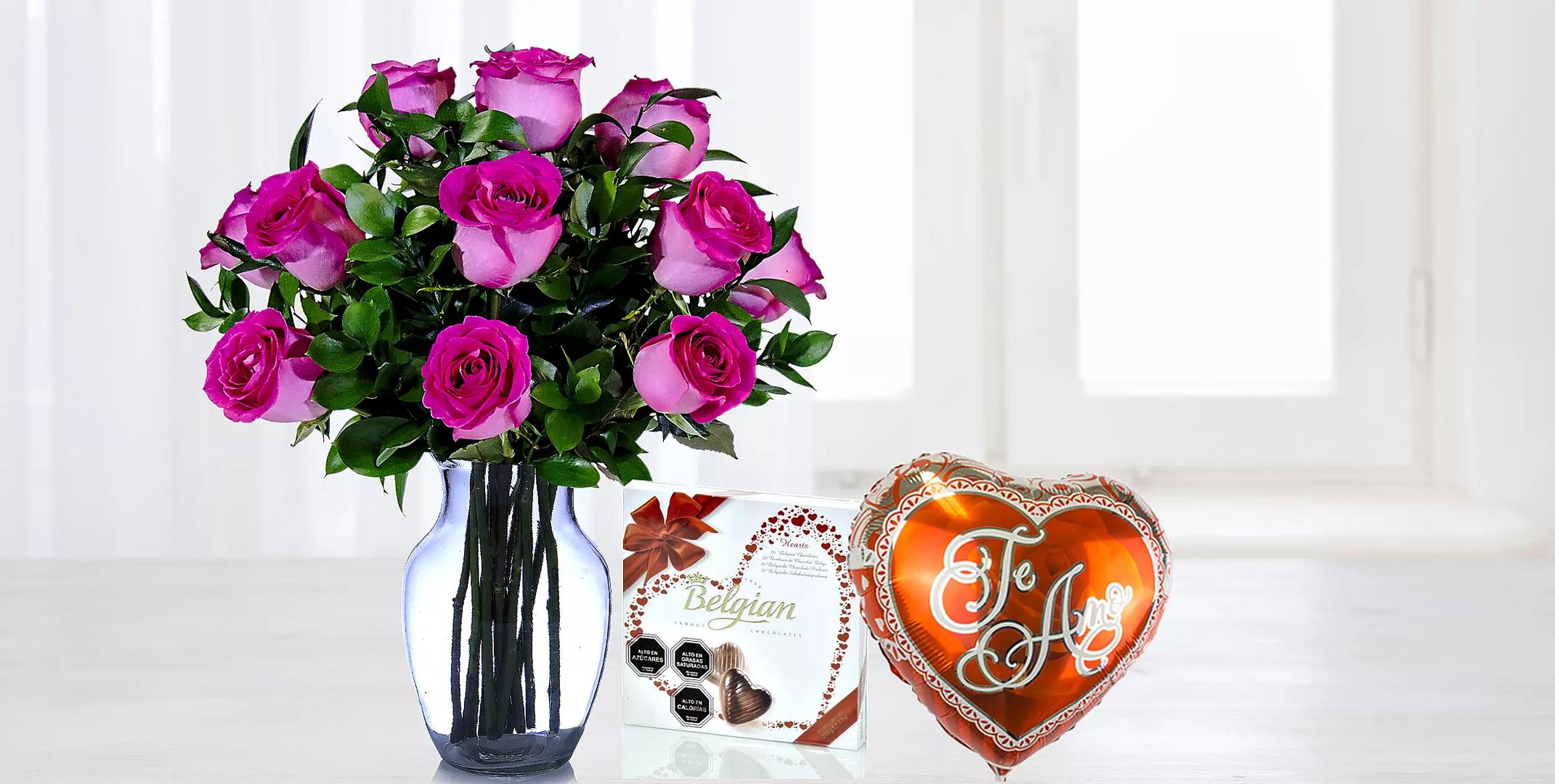 Pack De Docena De Rosas Rosadas Con Chocolate Y Globo Te Amo
